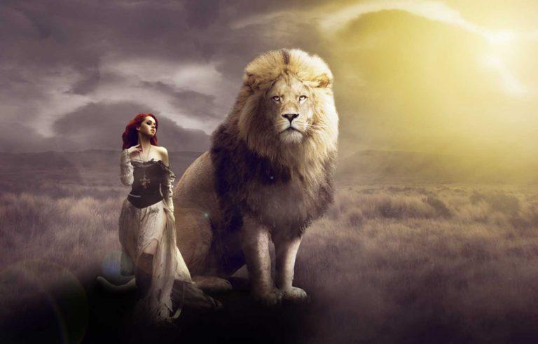 Prekrasna slika montirana od 4 posebni elementi (devojka, lav, oblaci, i ramnina,) Прекрасна слика монтирана од 4 посебни елементи (Девојка, лав, облаци, рамнина)